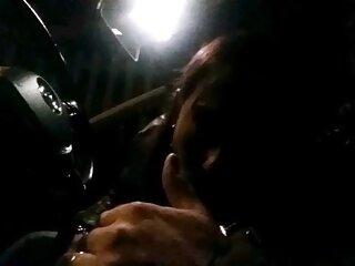 デーン*ジョーンズセクシー三クリスマス現在終了とダブル顔 キス 女性 動画