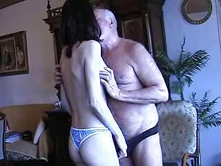 私はそれをやりたいです。 セックス 女性 動画